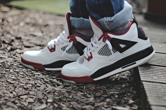 Air Jordan 4 - sneakers shoes