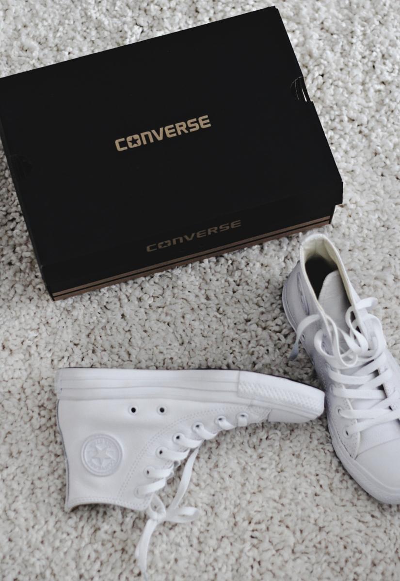 whiteconverseshoes5